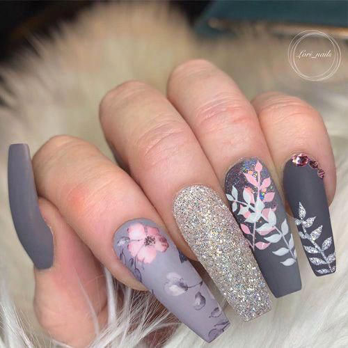Flowers In Nails