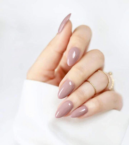 Ariana Grande Almond Nails